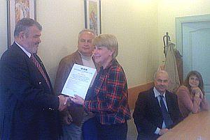 Вручение Почётного Диплома Клуба Раисе Редькиной