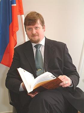 Виктор Борецки